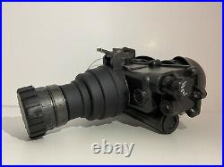 PVS-7 B/D Night Vision Goggles Kit. NO IMAGE TUBE